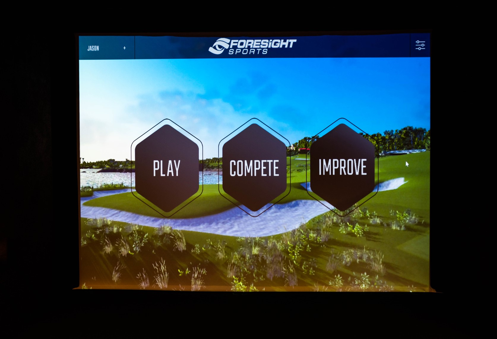 Foresight sports golf simulations available at Perry Indoor Golf and More in Shoemakersville PA